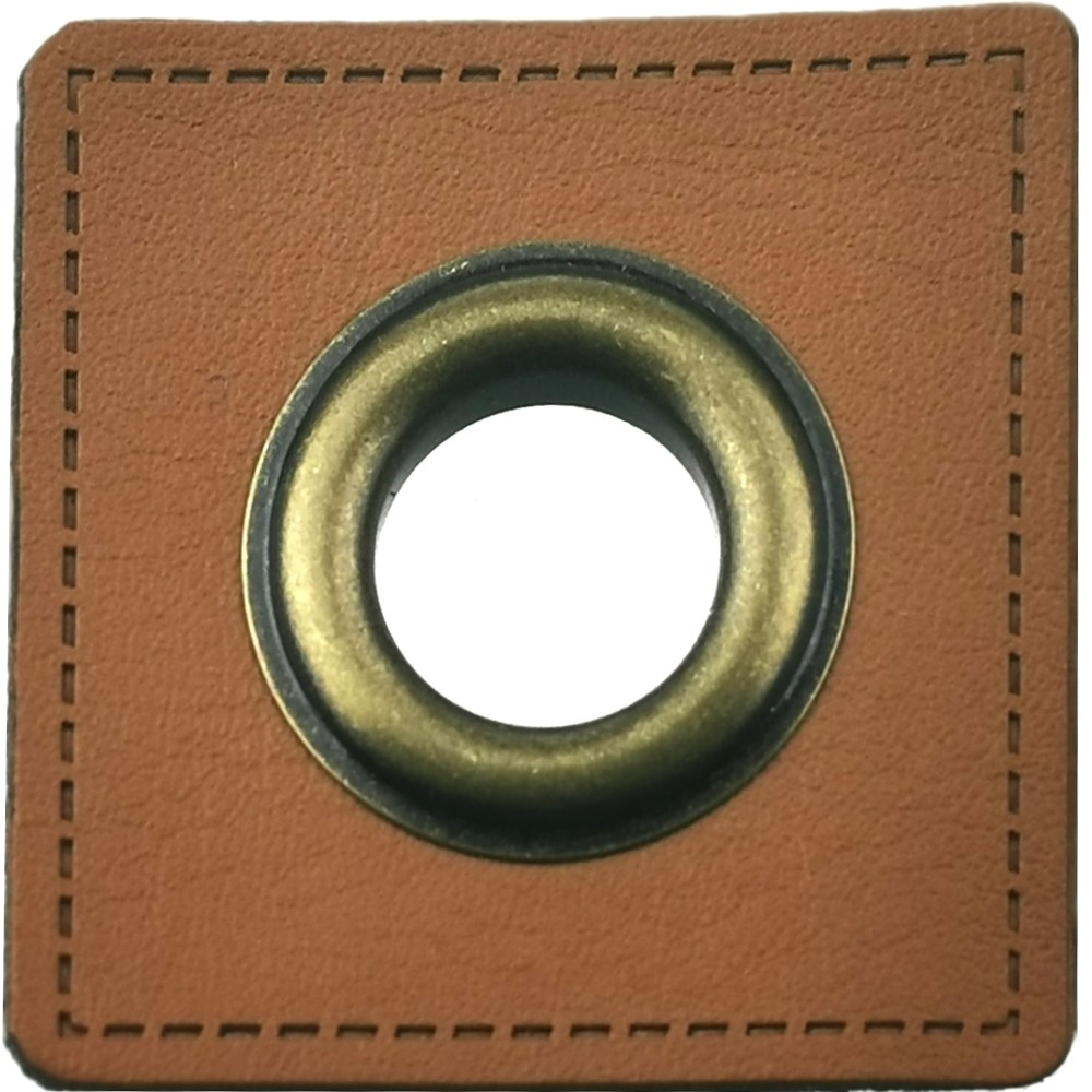 10 pcs. - Brown square 36 x 36mm with brass eyelet 10mm